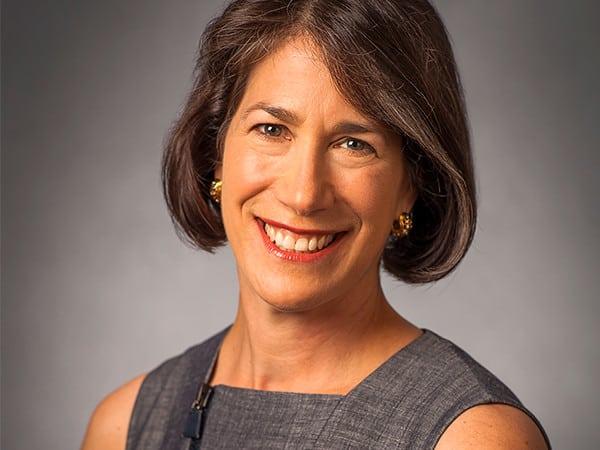 Diana Rauner headshot